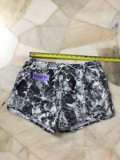H & M Short size S no 10681