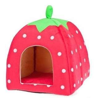 🚚 Soft Cozy Strawberry Pet House