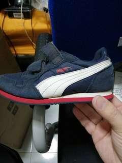 Puma boys shoe size cm17 uk10