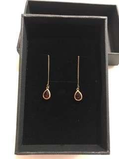 🚚 Garnet earrings