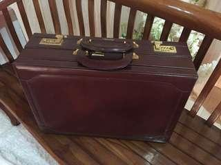 Satchi Briefcase Double Leather