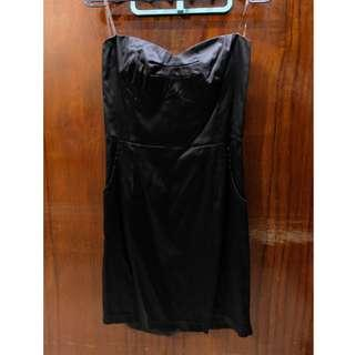 Pre-Loved Black Elegant Dress / Baju Pesta warna Hitam. Baca deskripsi dibawah.