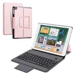 [PRELOVED] iPad 2/3/4 Bluetooth Keyboard Case