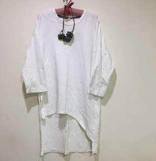🚚 Babara.V 白色長版衣
