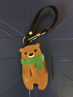 皮革小熊掛飾(Leather bear charm)