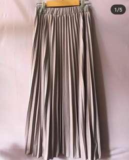 Pleated Skirt XXL