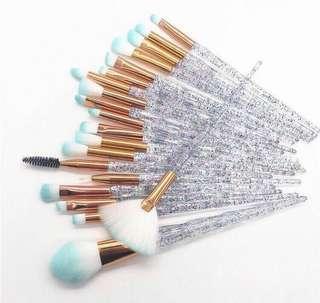 🚚 20 Pieces Diamond Brush Set