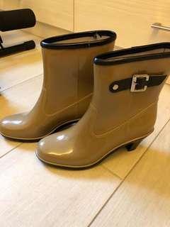 雨靴(只穿過一次)