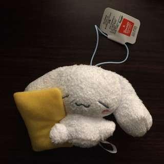 枕頭睡顏玉桂狗吊飾