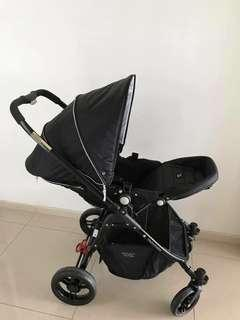 Valco baby Snap ultra black stroller
