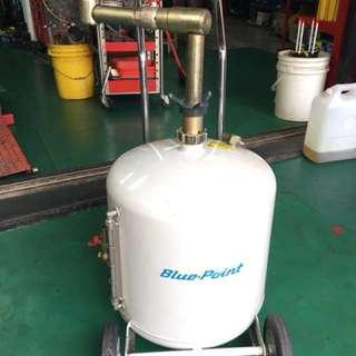 Blue point 重機洩油桶