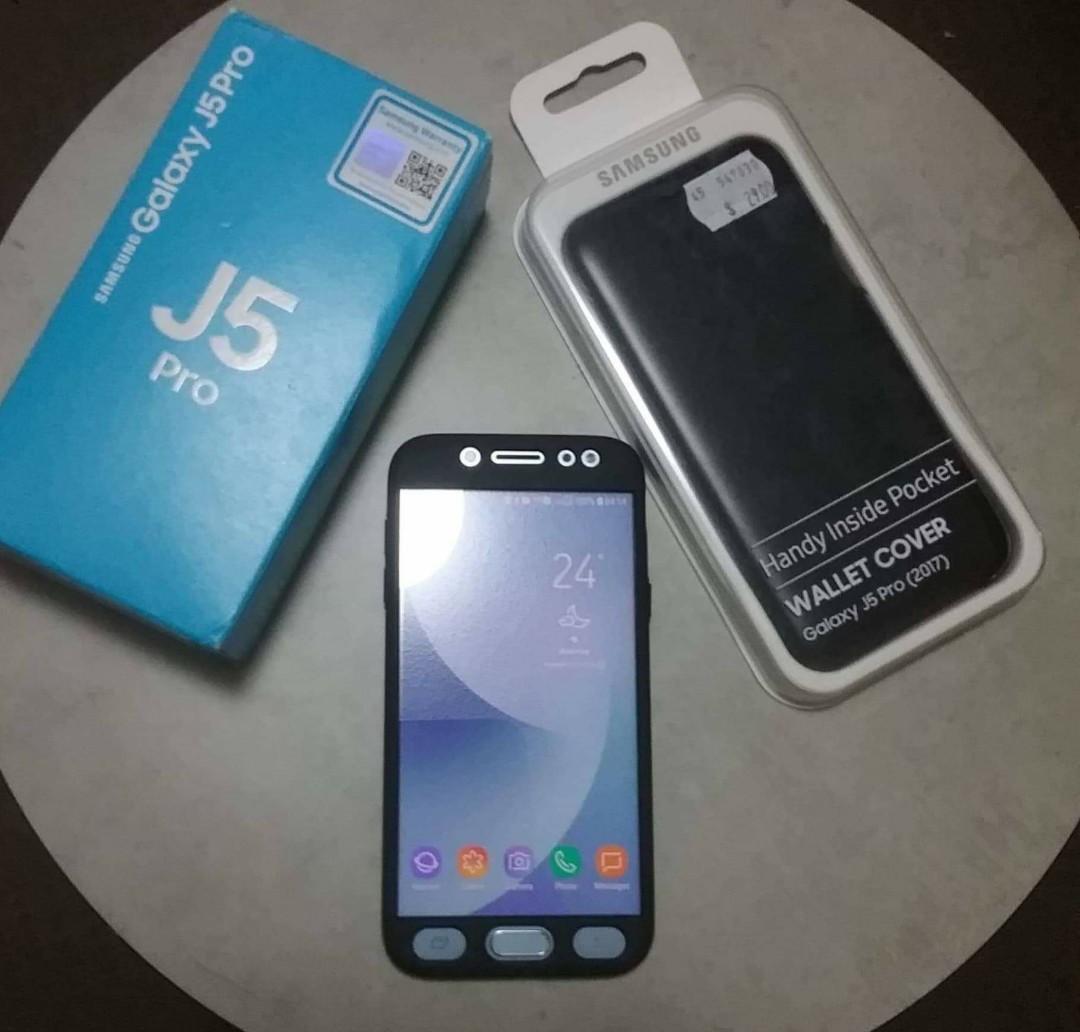 AS NEW Samsung Galaxy J5 Pro 2019 Dual Sim Blue 32gb w/128gb SD Card