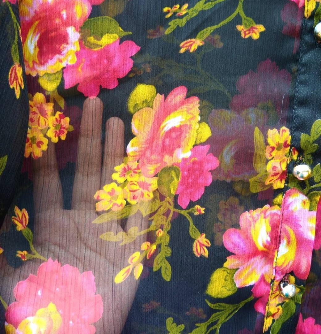 Atasan Bunga