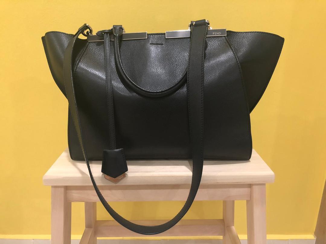0bbc3f5e302d Authentic Fendi 3 Jour sling bag