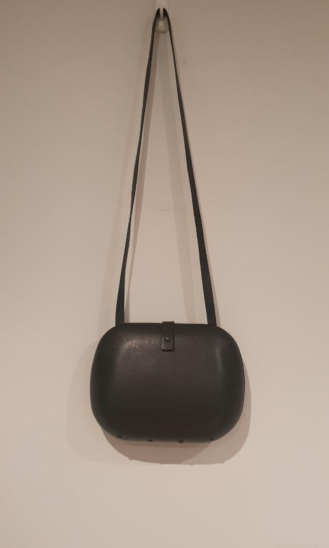COS Minimalistic Bag -Currently instore -updated price