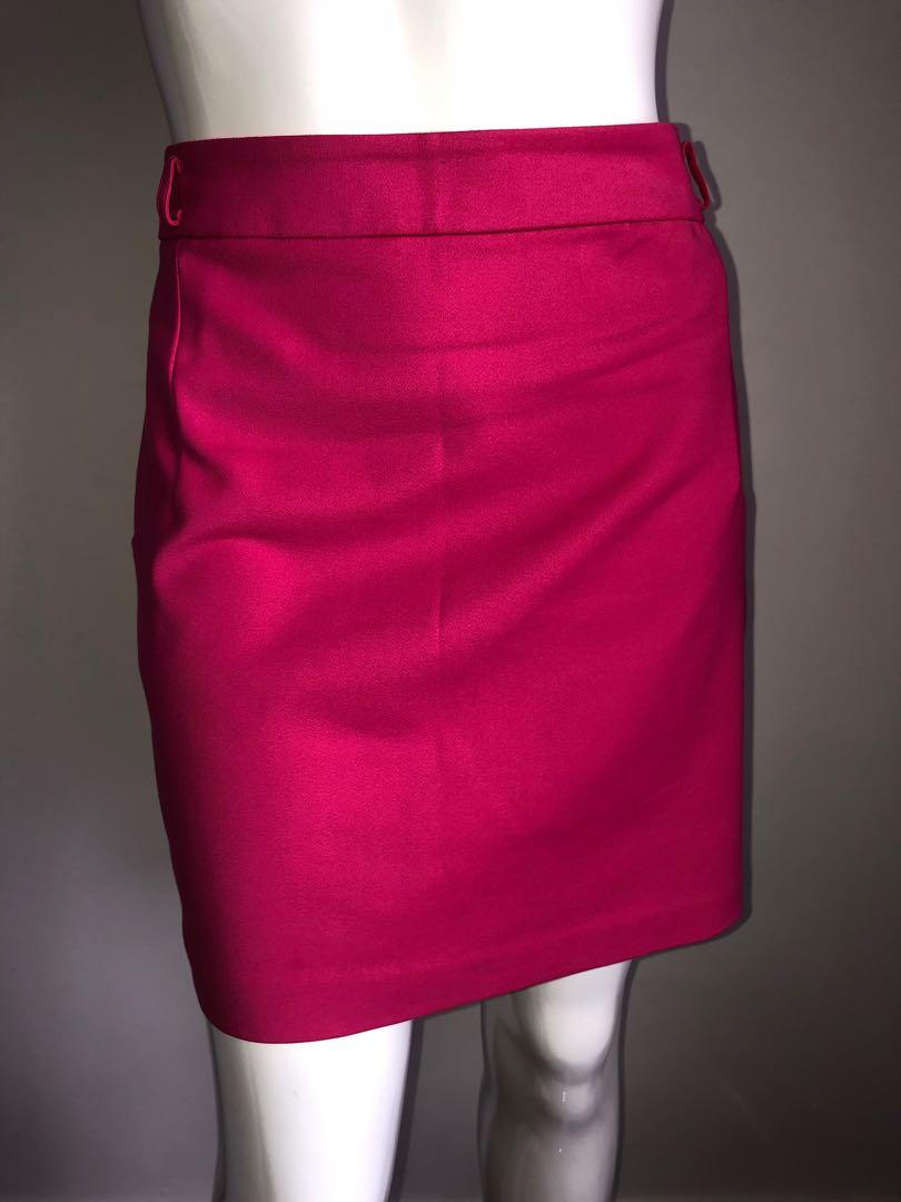 Forever new skirt hot barbie pink size 14