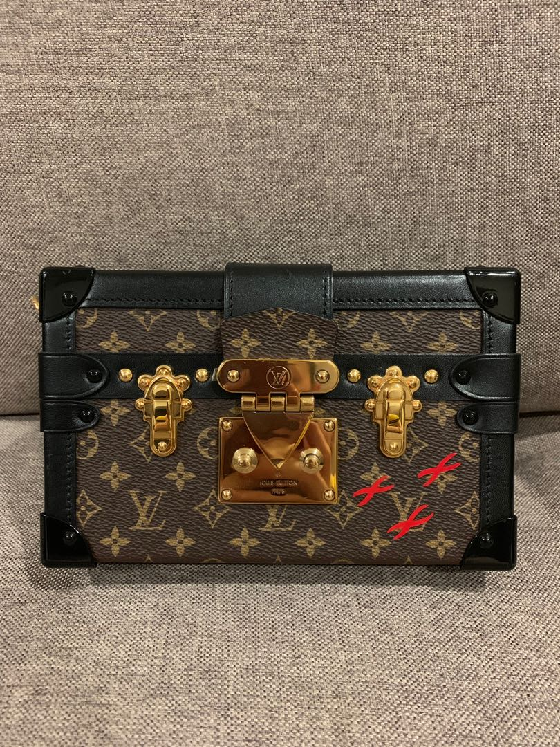 3e81d68e30c7 Louis Vuitton Petite Malle (Monogram)