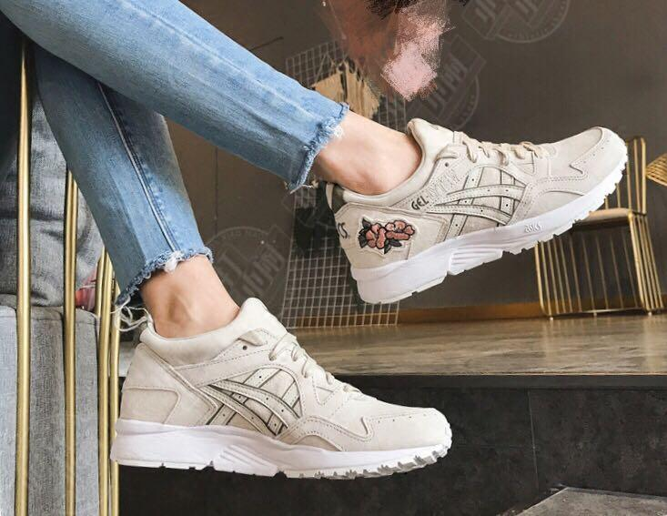 where can i buy asics trainers