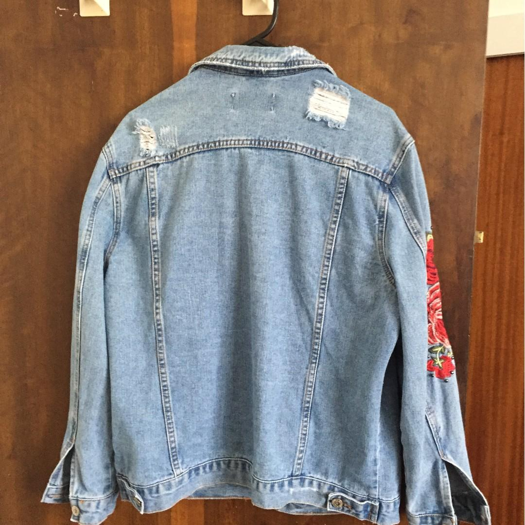 NEW LOOK FLORAL DENIM JACKET