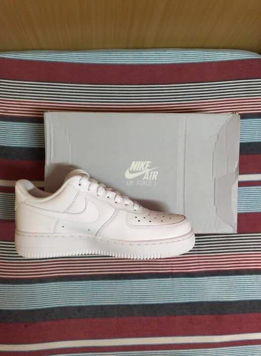 cheap for discount 98dc6 530e8 Nike Air Force 1