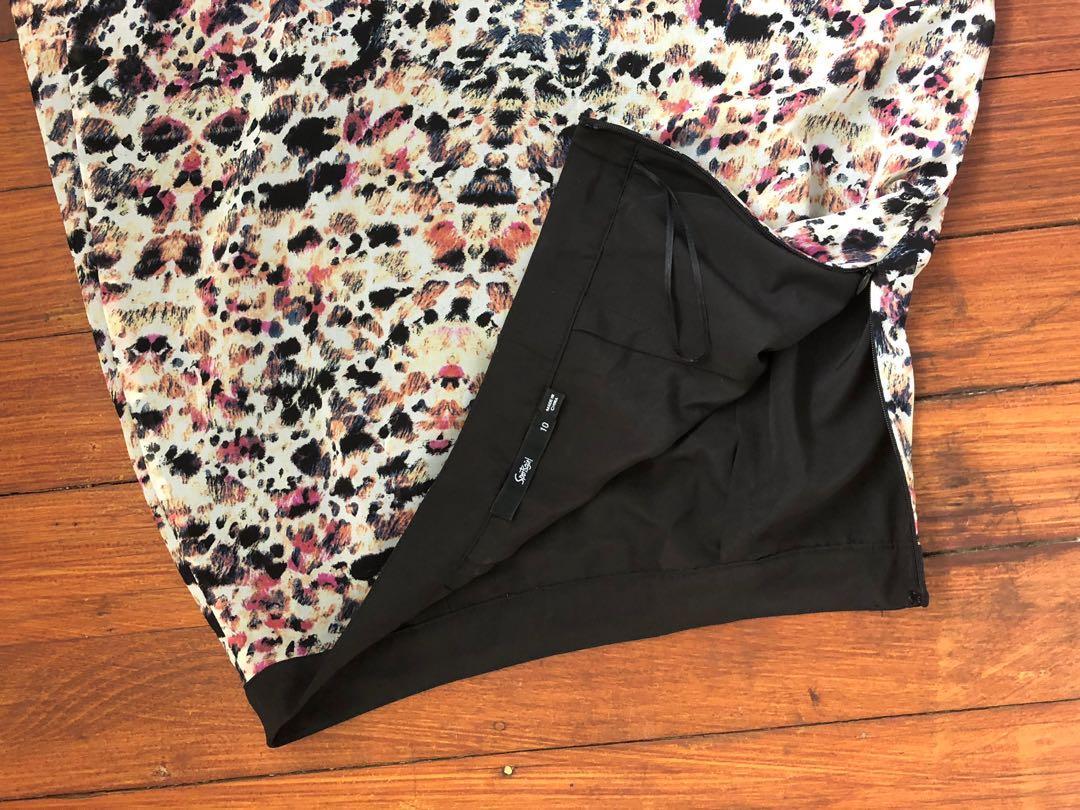 Sportsgirl size 10 skirt