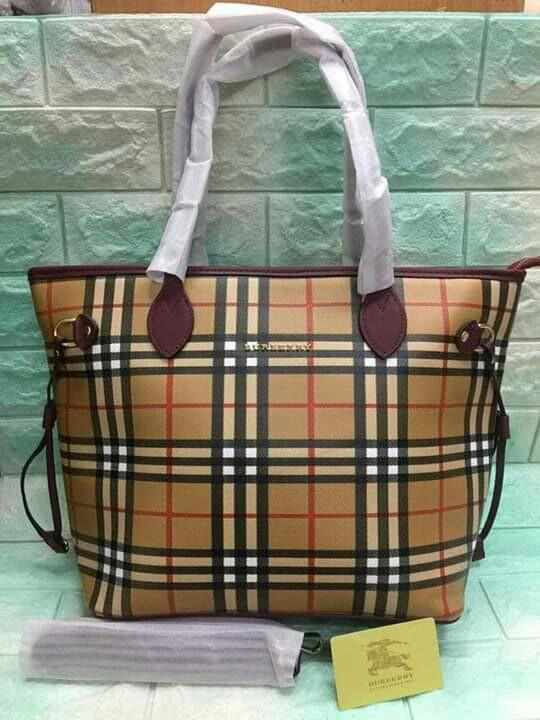 f5cffb76b6a w/Pouch CLEARANCE SALE Plaid Burberry Tote Bag Burberry Shopping Bag  Burberry Big Bag Burberry Bag Burberry Neverful Bag on Carousell