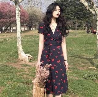 🚚 Pre order/cherry wrapped around dress