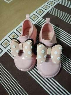 sepatu minnie import pink