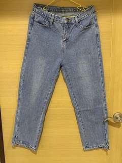 🚚 8分高腰牛仔褲