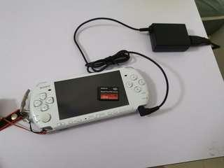 PSP 3006 with good condition and games