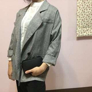 🚚 亞麻灰色薄外套