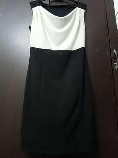 Nichii Sleeveless Black & White Dress