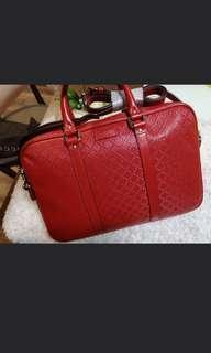 🚚 BN Gucci Messenger Bag