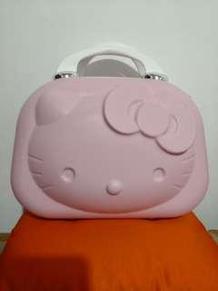 🚚 Hello Kitty Luggage 行李