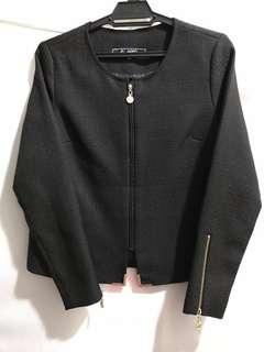 Aere Black Jacket