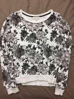 #STB50 Padini flower white top