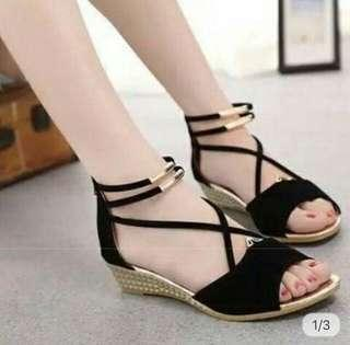 Ankle Strap Casual Wedges 3 cm in Black/Red/Blue