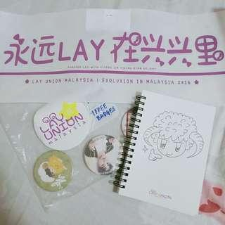 EXO Lay Union Fansite Notebook, Slogan, 3 badges