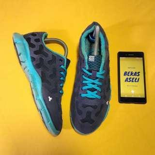 Sepatu Running Sport EXR KOREA Size 41 Original Ringan dan Nyaman Mulus