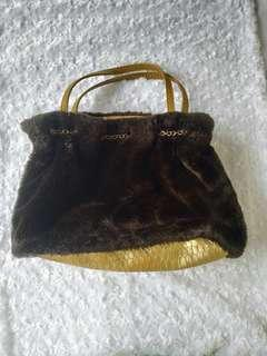 Hand Bag woll and snake motif