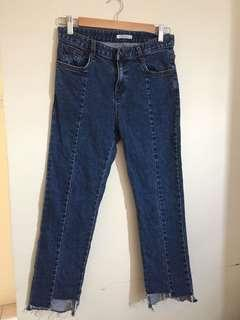 Trendy cropped blue jeans