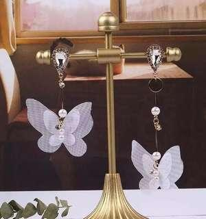 <free pos 3 pairs & above> Korean design butterflies earrings with diamond