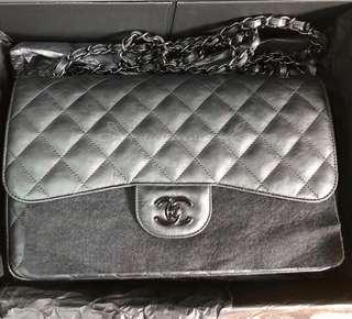 Chanel so black jumbo