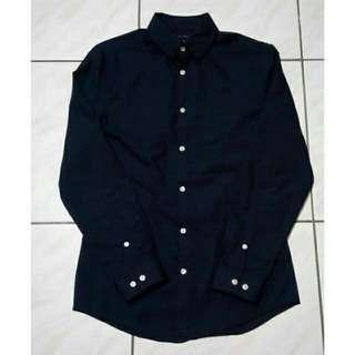 🚚 九成新👈H&M EASY-IRON 貼身易熨燙襯衫 S號 薄款 深藍色