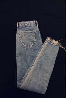 High Waisted Raw Hemmed Cropped Jeans