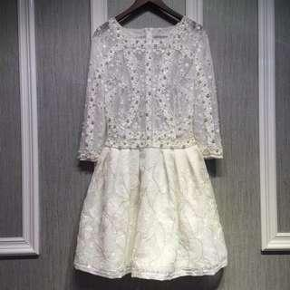 Lace white pearl evening Dress demitoilet