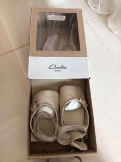 🚚 3-6 Months Clarks Baby Shoes