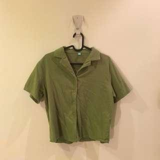 🚚 綠短袖襯衫