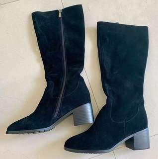 🚚 Brand new Suede leather Winter Boots