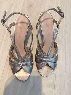 Esprit heel sandals almost new